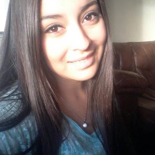 Michelle Carolina Perez's avatar