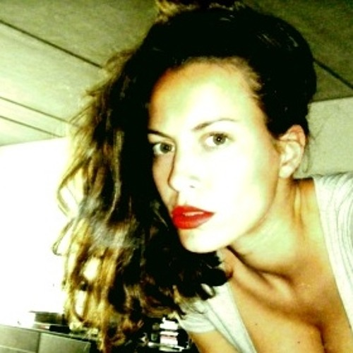 annelo D.'s avatar