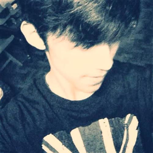 Chris Manlangit (Kris)'s avatar