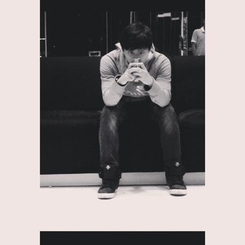 Izzat Eezzyy's avatar