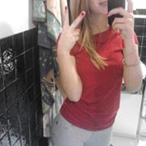 Léa Mezieres's avatar