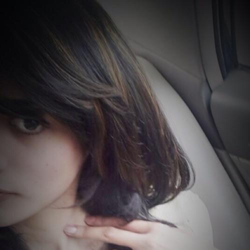Tahreem khAn's avatar