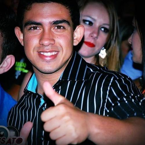Carlos Eduardo Géa's avatar