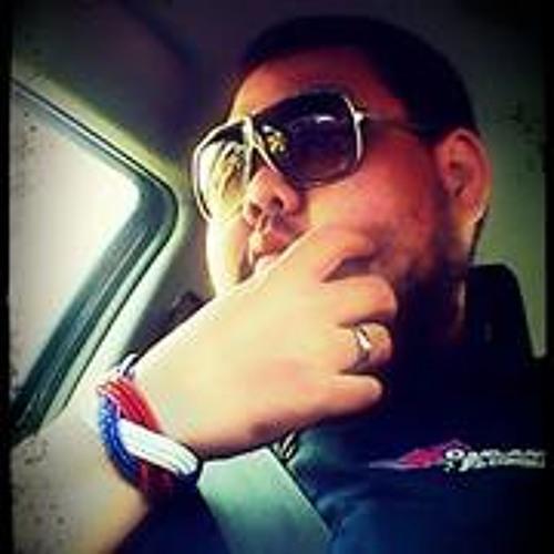 Veeris Pholsuwan's avatar