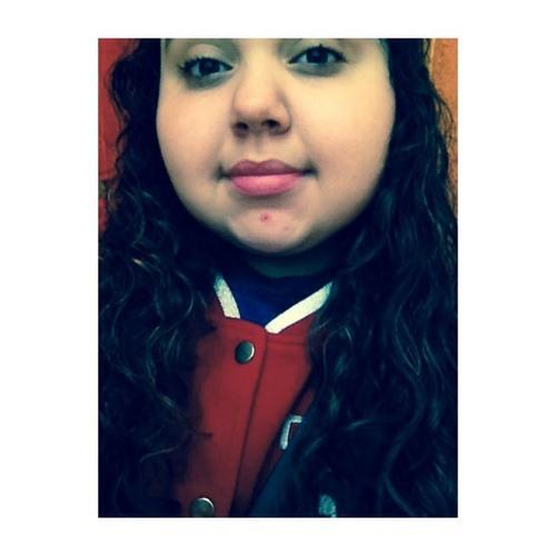 monica >>> ♡ .'s avatar