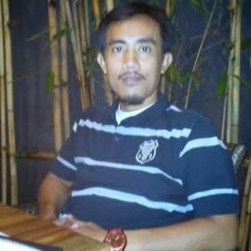 Arif Zakaria's avatar