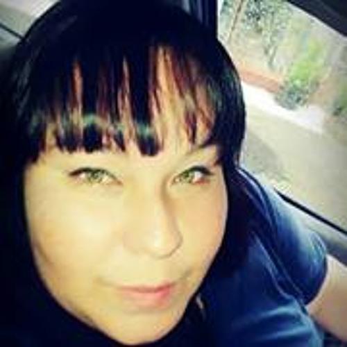 Yadira Cuevas's avatar