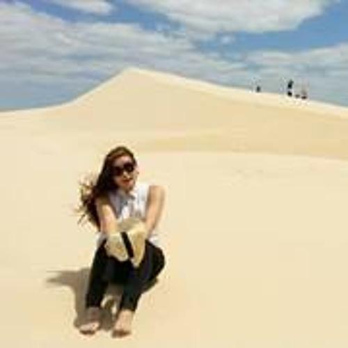 Julia Park 10's avatar