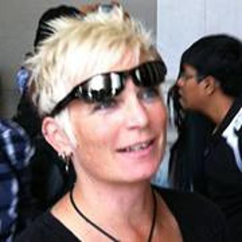 Lauren Pike 3's avatar
