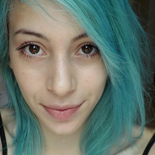 Lisa Bertel's avatar