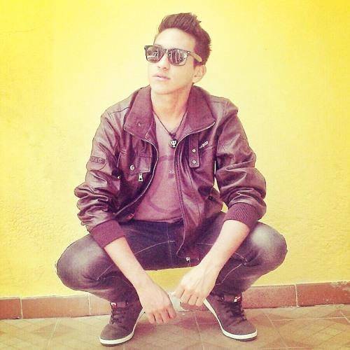 Saulo Romanz's avatar