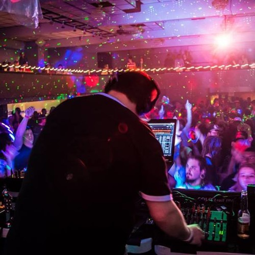 DJ mjDUKE - Pulse
