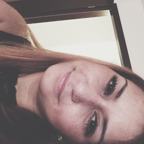 Aylin Araz's avatar