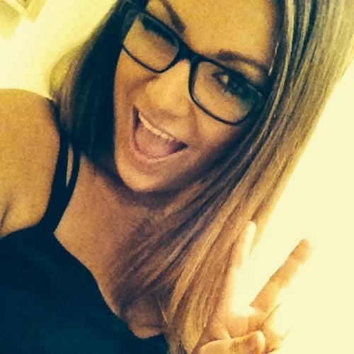 Emily Nickson's avatar