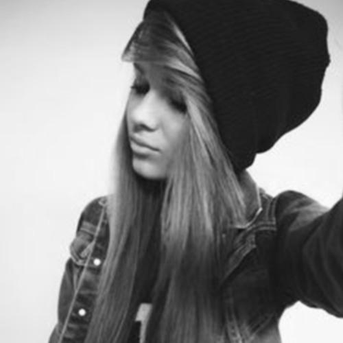 Terasa Smit's avatar