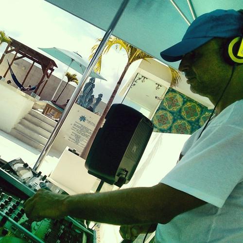 DJ VEGAA's avatar