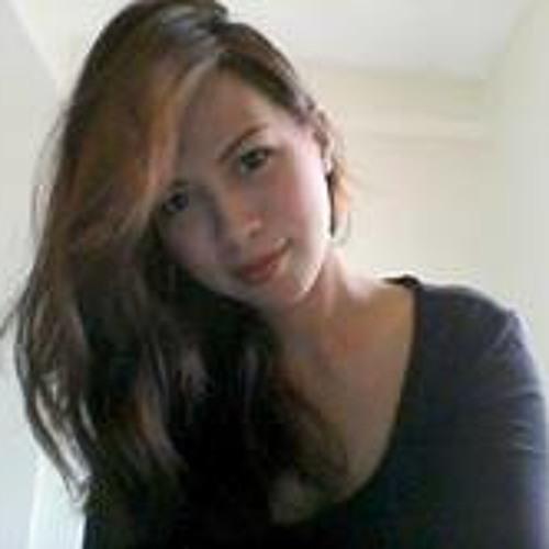 Zyra Cuevas's avatar