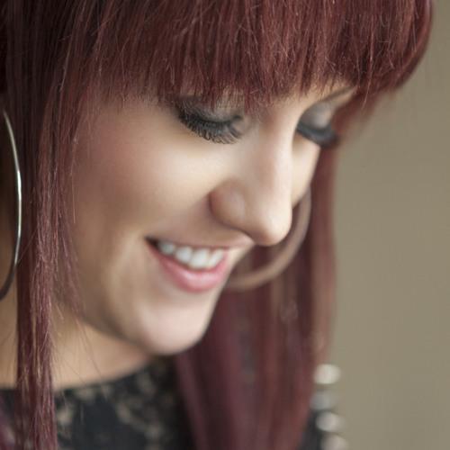 Karen Mowat's avatar