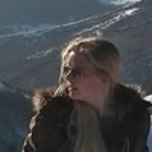 Sarah Nicolas 3's avatar