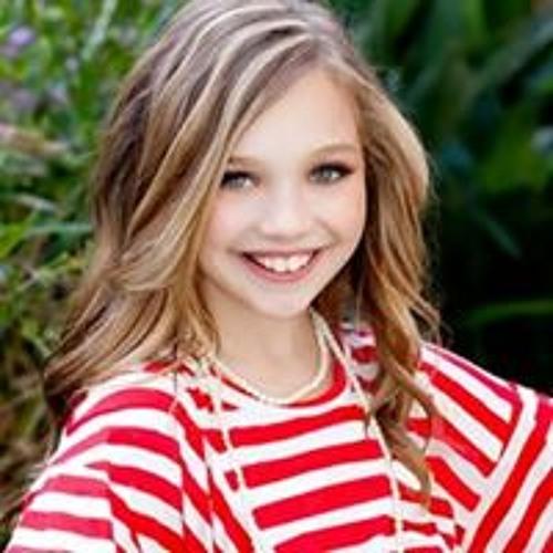 Maddie Valentine Lincia's avatar
