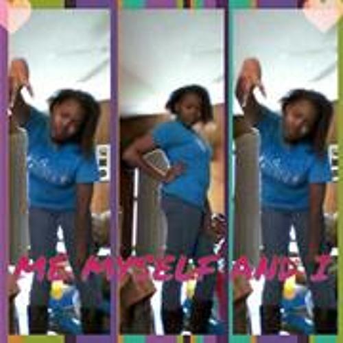 Triniqua Young's avatar