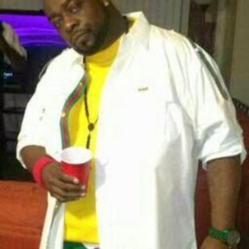 T LO Stylezz's avatar
