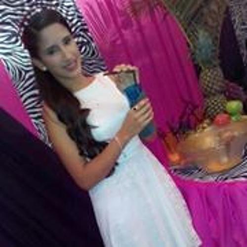 Lorena Matto Genes's avatar