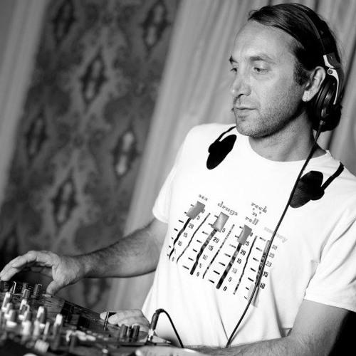 DJ Purple Rabbit's avatar
