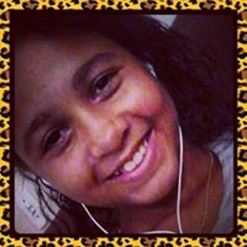 Maria Eduarda Melo 3's avatar