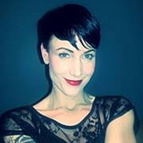 Kat Gilson's avatar