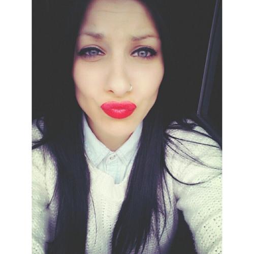 Myriiaam Gonzalez Sanz's avatar