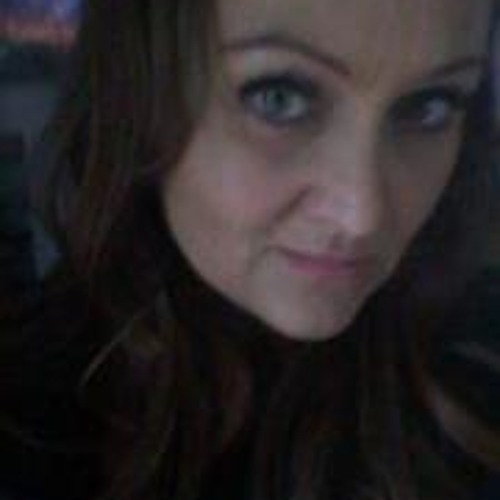 Debbie Maxwell 3's avatar