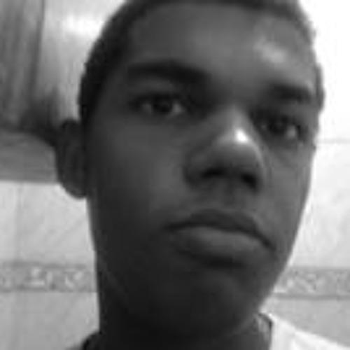 Artur Fernandes 10's avatar