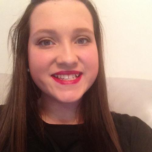 sarah hogg's avatar