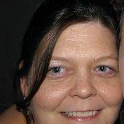 Stephanie Thompson 42's avatar