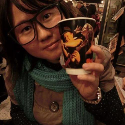 Chong Ling-Zi's avatar
