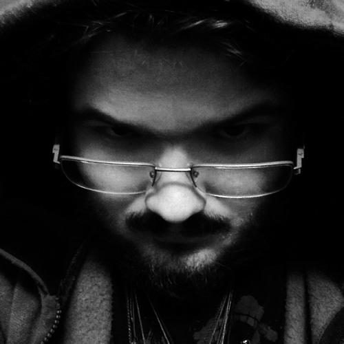 The Sepia Raven's avatar