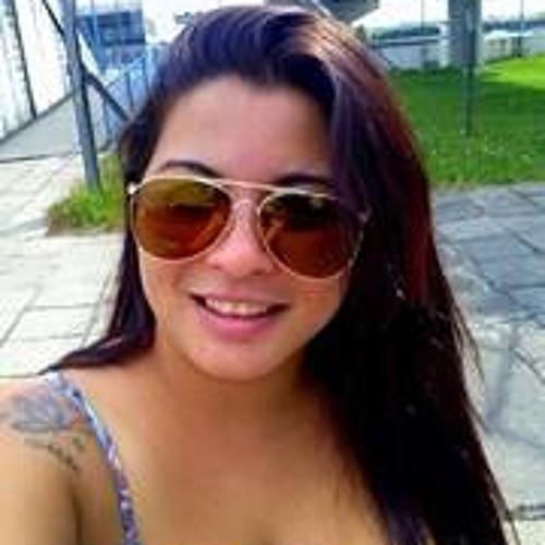 Luana Paula 10's avatar