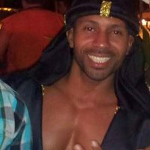Fabio Lefundes's avatar