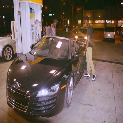Yung.Rich.Haitian's avatar