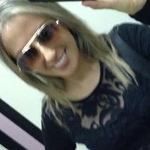 Aline Costa 45's avatar