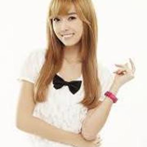 Christine Ngshiqing's avatar
