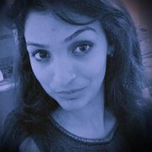 Diya Malik 1's avatar