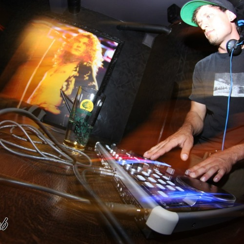 DJSkyhook's avatar