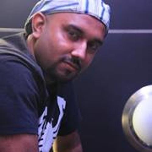 Mafinar Khan's avatar