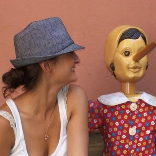 Yana Khamidova's avatar