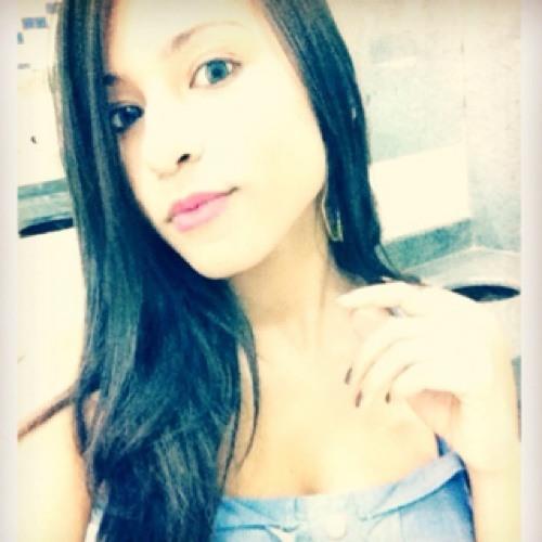 Gabriela Oliveira 97's avatar