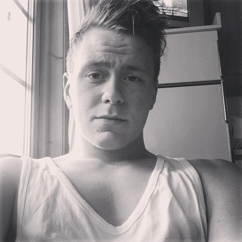 Simon Zippi Gunnarsson's avatar
