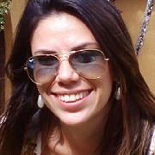 Suellen Coutinho 1's avatar