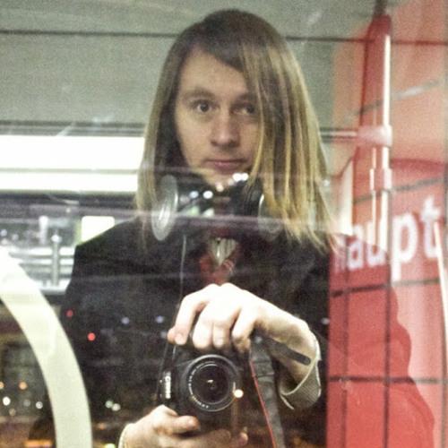 Lik Fenix's avatar